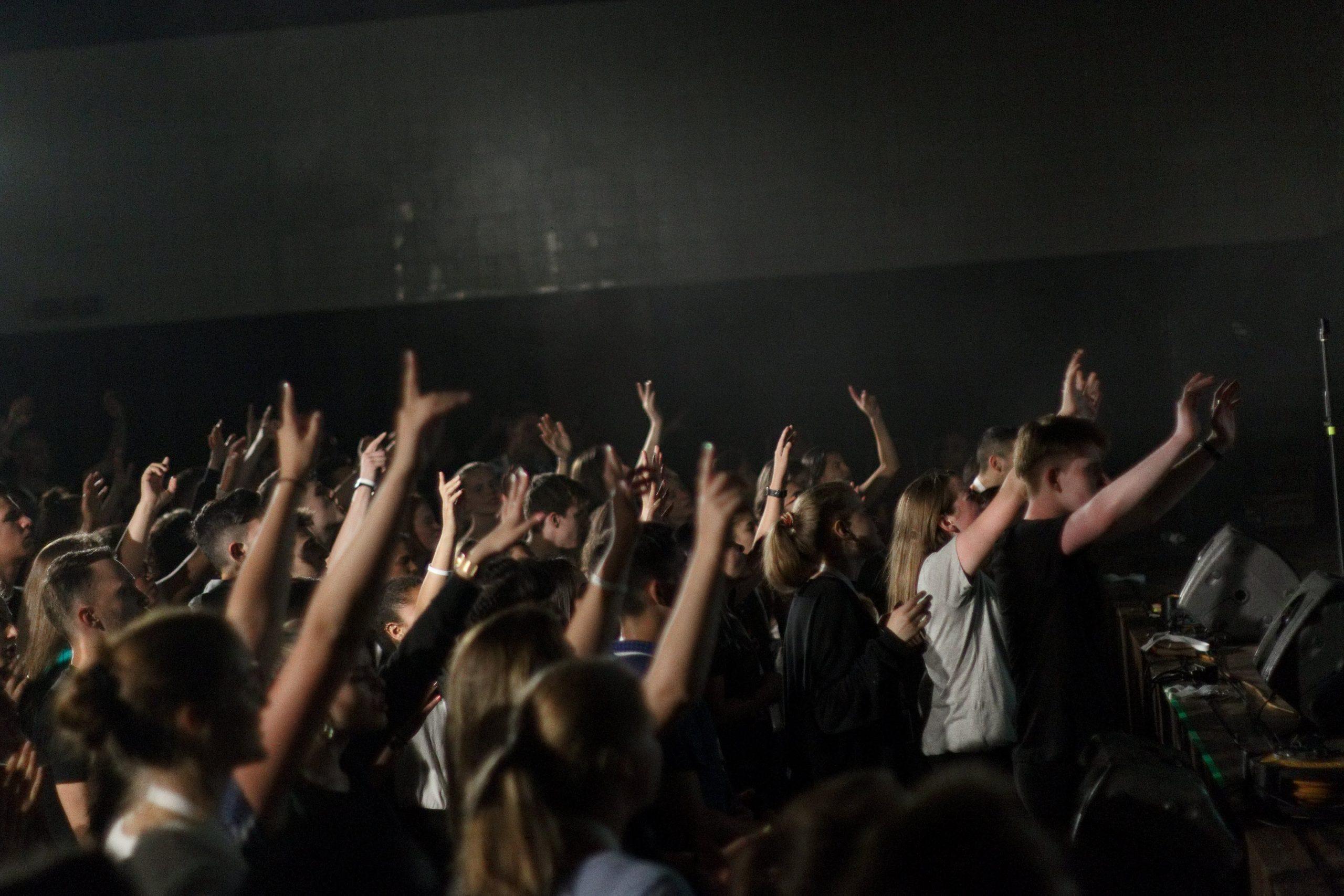 Worship at summer team